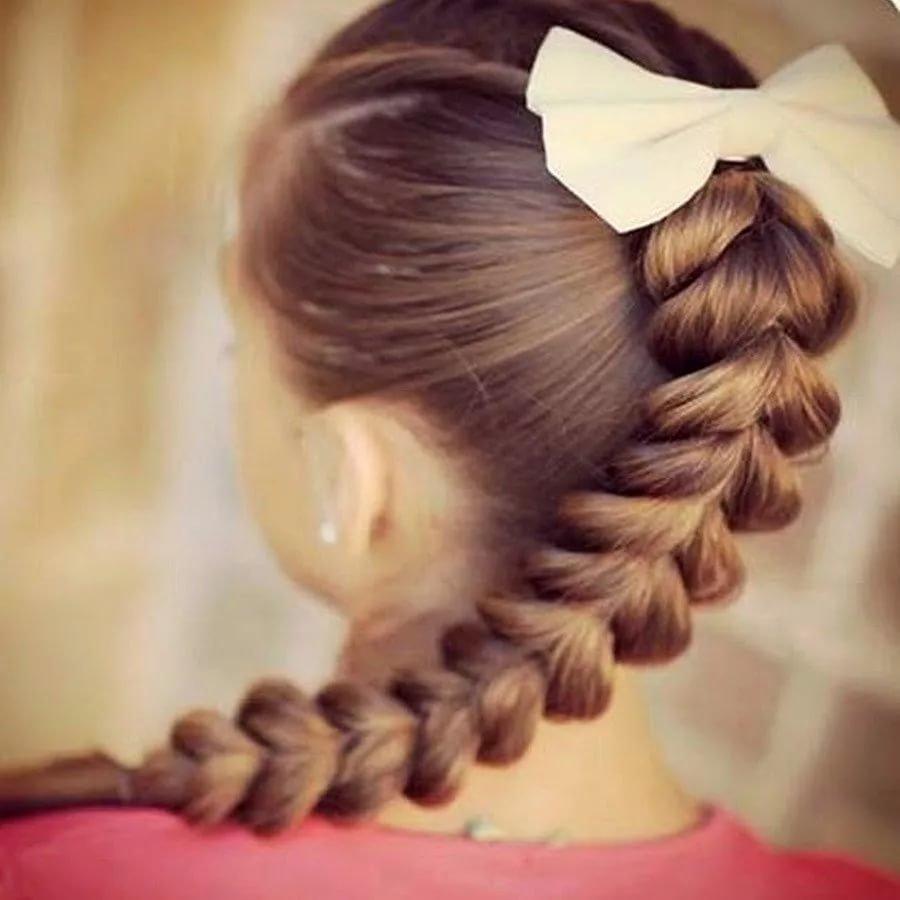 Прически для детей на длинные волосы с