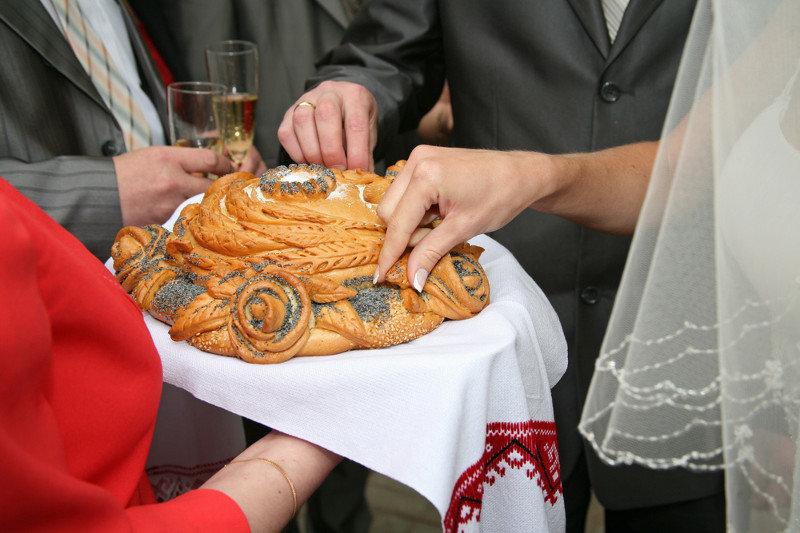 Где заказать хлеб для свадьбы