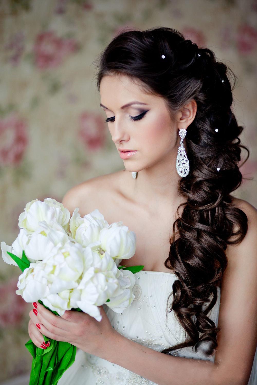 Свадебная причёска на бок