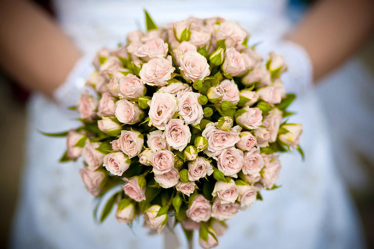 Букет невесты из кустовой розы своими руками 44