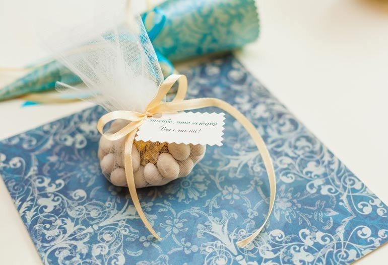 Упаковка для подарка на свадьбу гостям 51