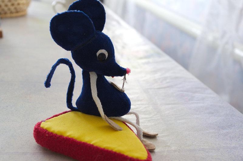 Мышонок из ткани своими руками 26