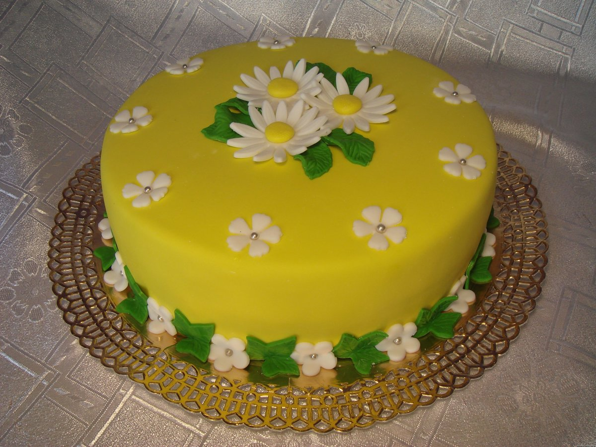 Украшаем детский торт