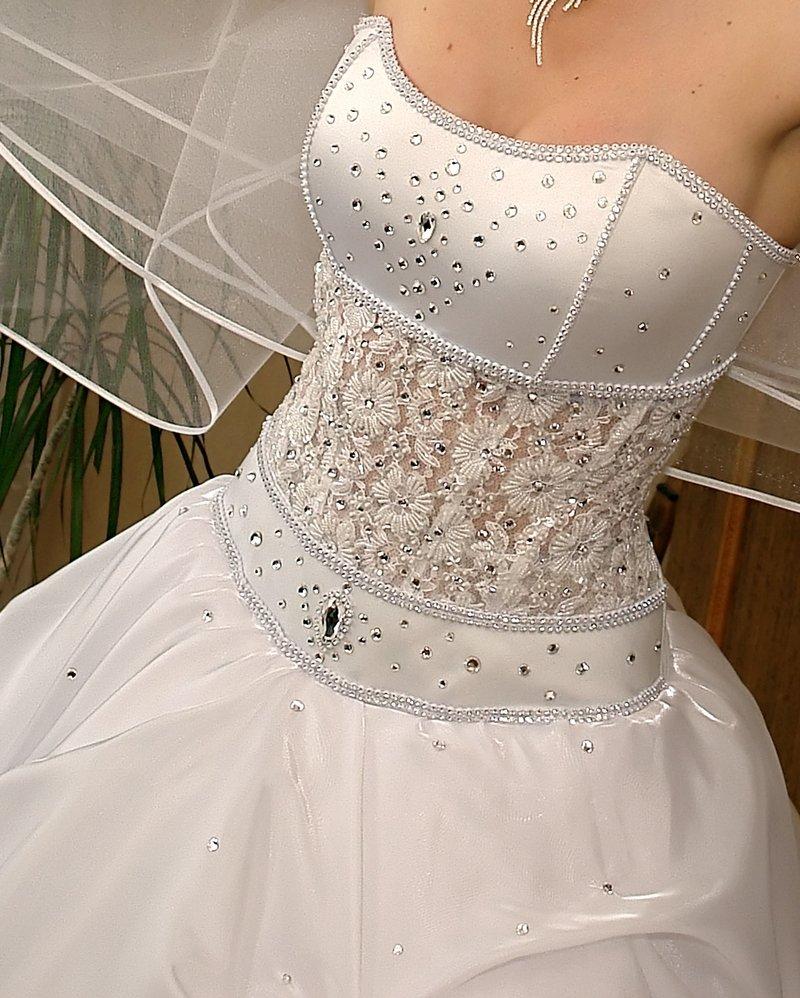Как сделать из корсета платье 187
