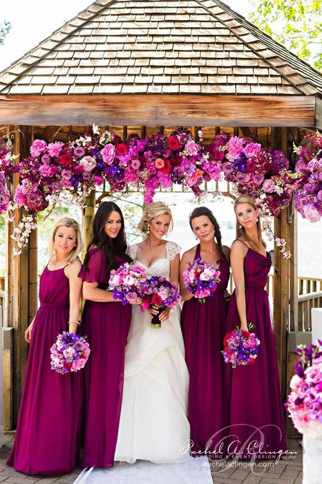 Платье на свадьбу цвета фуксии