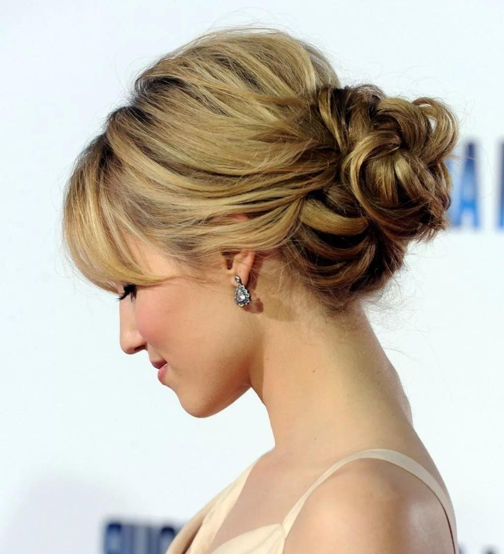 Прически косы для волос по плечи фото