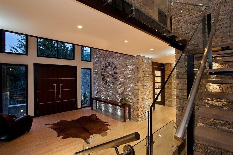 Фото современных интерьеров домов и коттеджей
