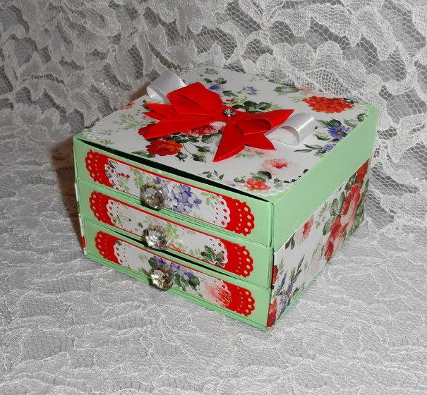 Коробка из открыток 32