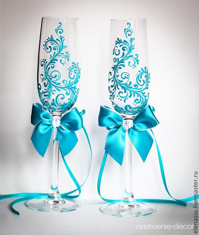 Бокалы бирюзового цвета на свадьбу