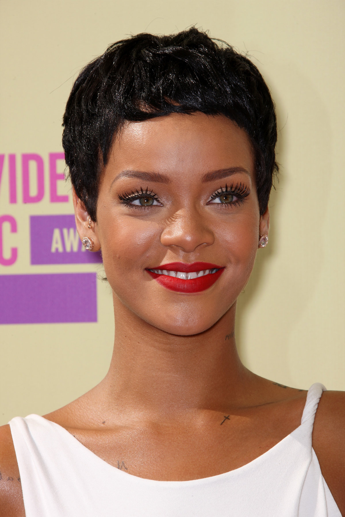 Pictures of rihanna short hairstyles Short Boy Cuts for Women - Hairstyles Weekly