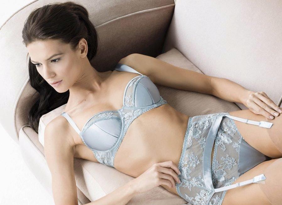 Fabulous brunette beauty Gabriella takes off her thong revealing hairy snatch № 426295  скачать