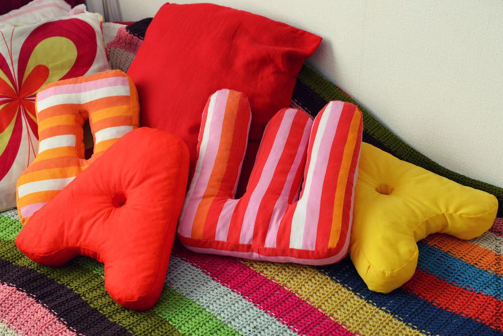 Как в домашних условиях сшить подушки 7