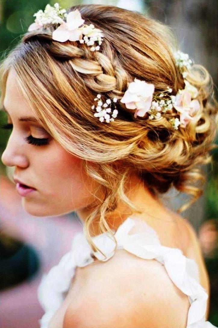 Прическу на свадьбу в греческом стиле на средние волосы