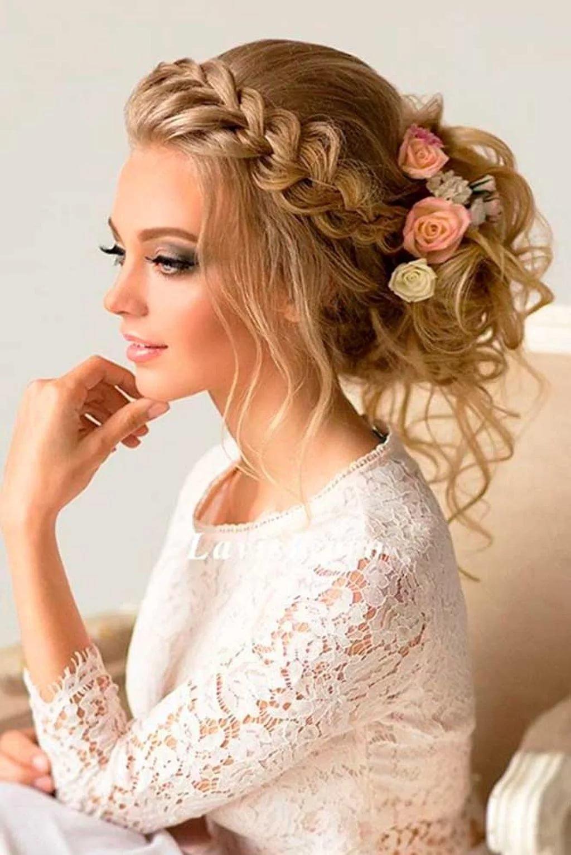Свадебные причёски с косами и фатой
