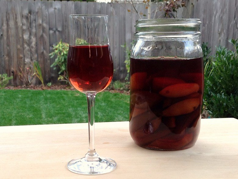 Как сделать вино из сливы простой рецепт