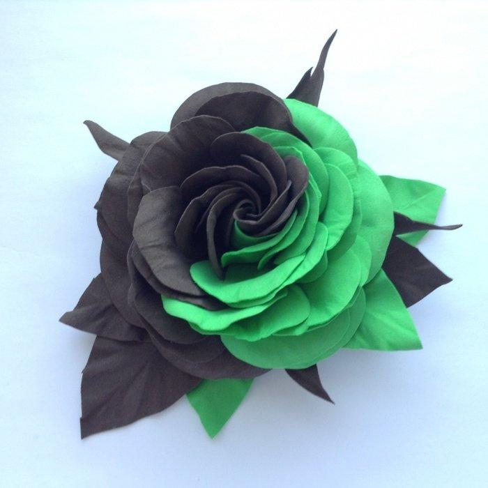 Как сделать розу чёрной 920