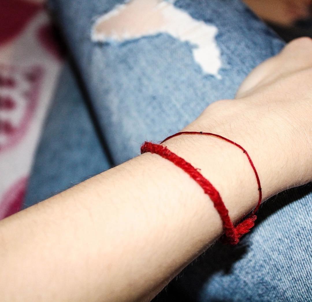 Красная нить для ребенка своими руками 27
