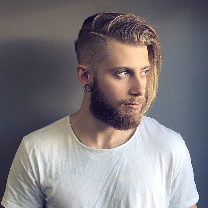 Мужская причёска волосы на одну сторону