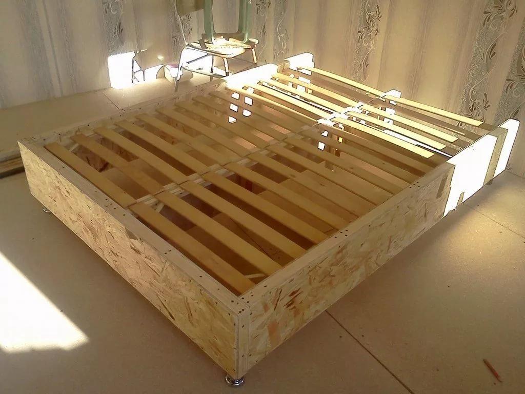 Как делать кровать своими руками 46