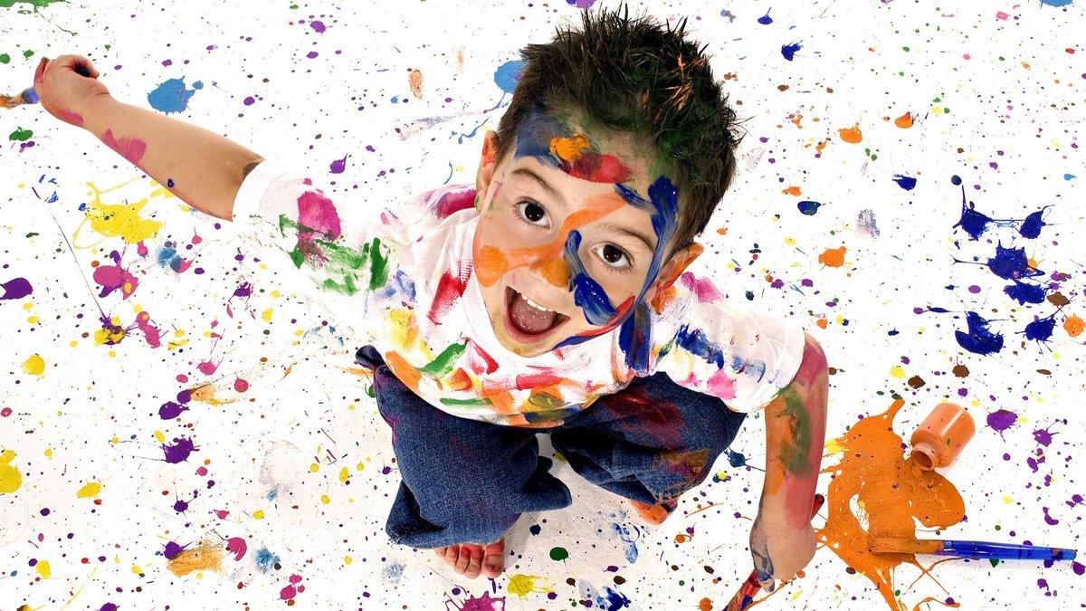 Краски мальчик с открытке 128
