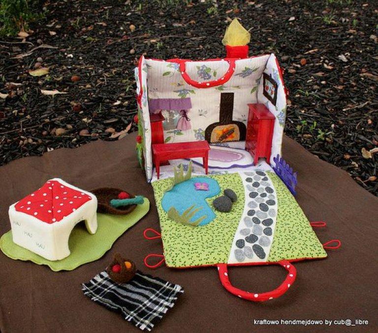 Мягкий домик для куклы своими руками 198