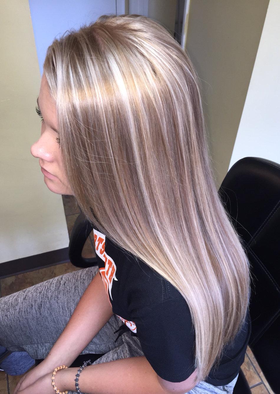 Красивое мелирование на светлые волосы фото 116