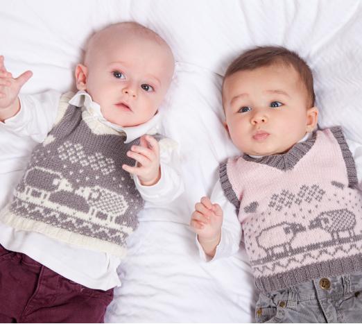 Вязание спицами жилетка для малыша 50