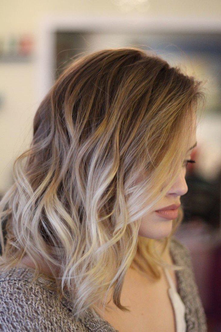 Тёмный балаяж на русые волосы фото