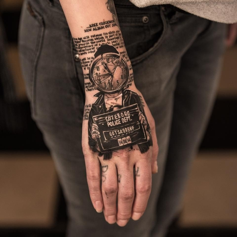 Татуировки для девушек: фото и эскизы 56