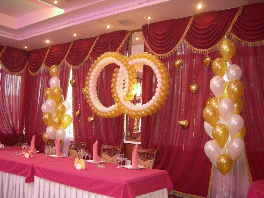Как украсить зал на свадьбу своими руками лентами и шарами 54