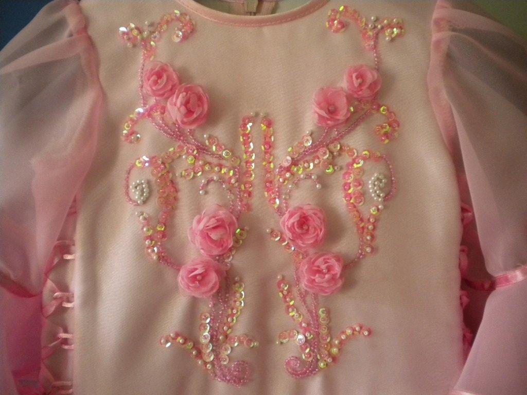 Вышивка бисером на платьесвоими руками 13