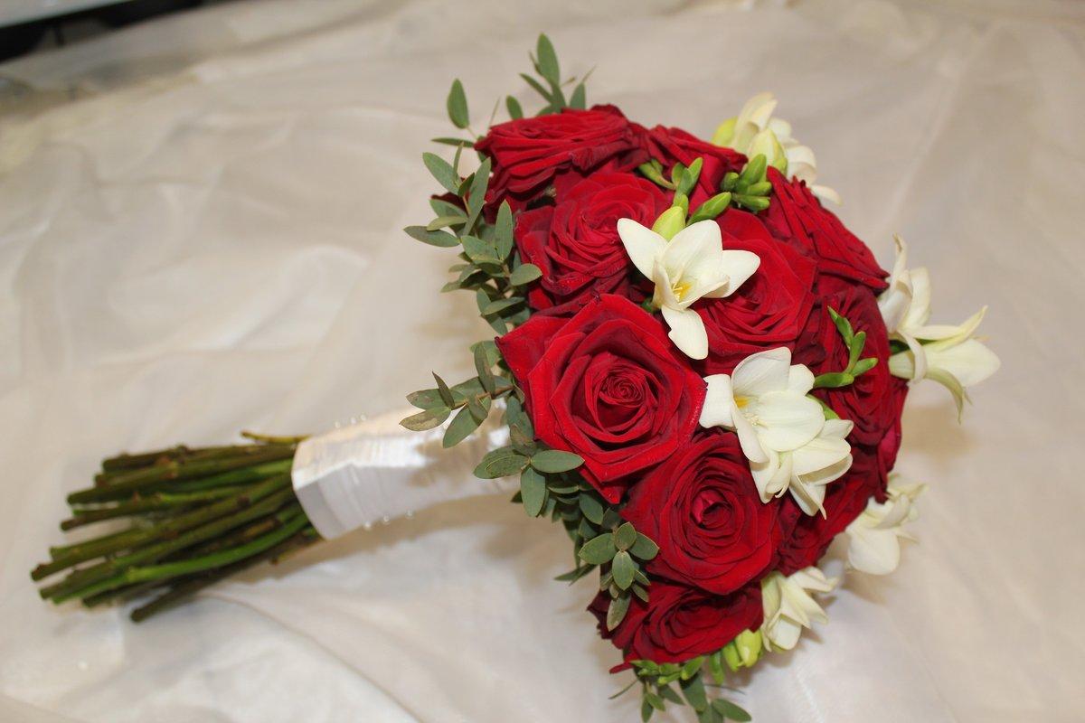 Букет невесты из кустовой розы своими руками 14