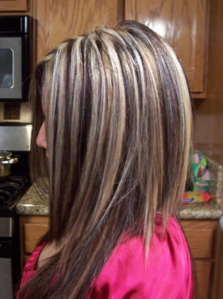 Как сделать мелирование на коричневых волосах 14