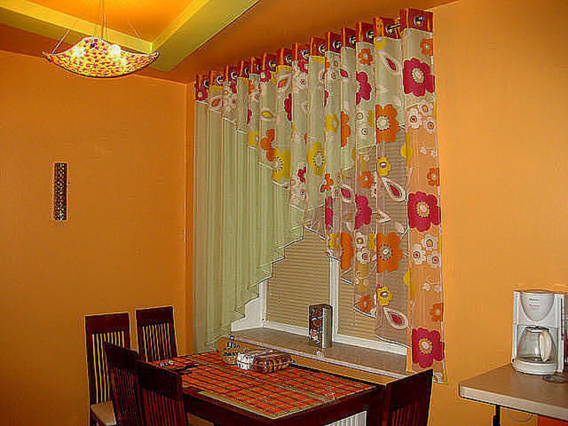 Идеи занавесок на кухню своими руками фото