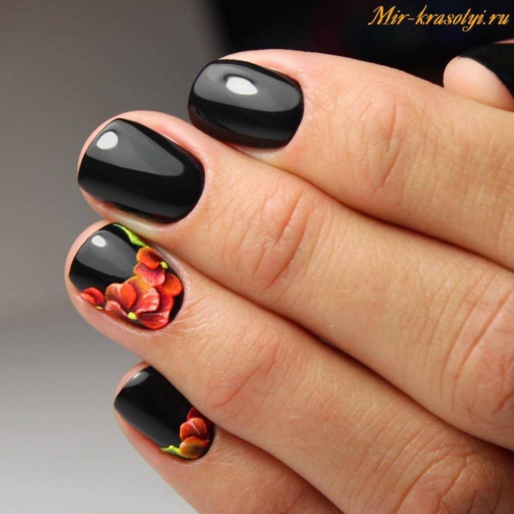 Ногти гель лак красный с черным дизайн