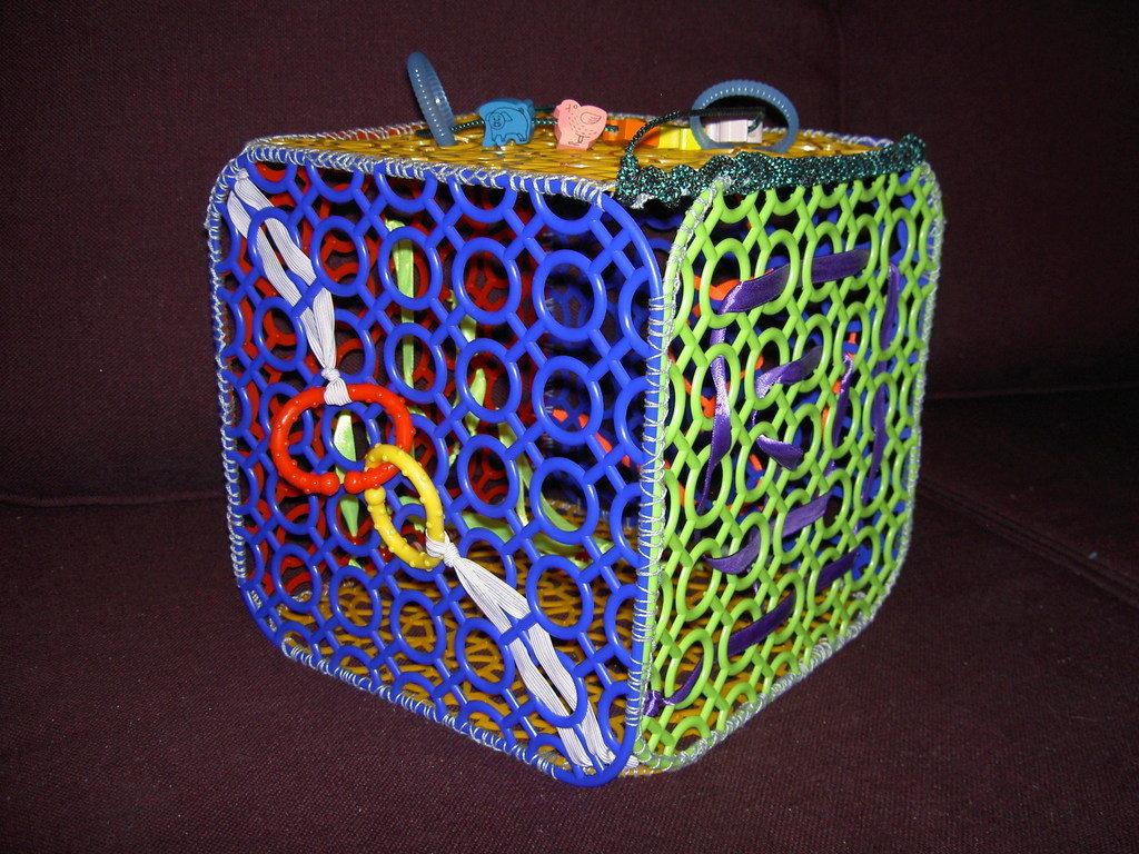 Сенсорный кубик своими руками 5