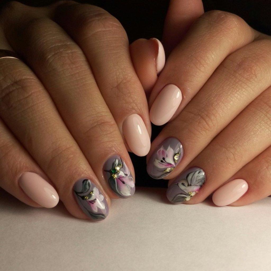 Фото маникюра с цветочками гель лак