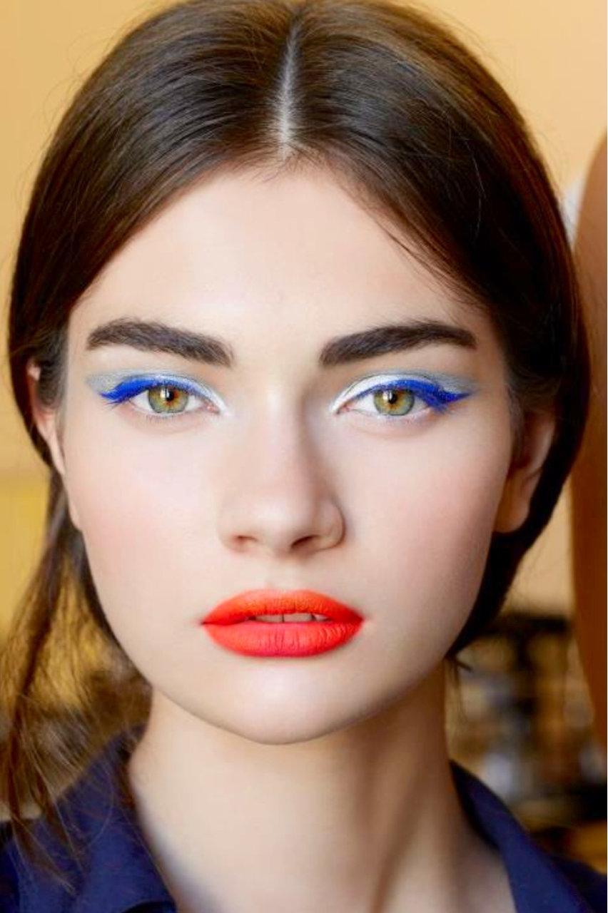 100 лучших идей: Красивый вечерний макияж на фото 24