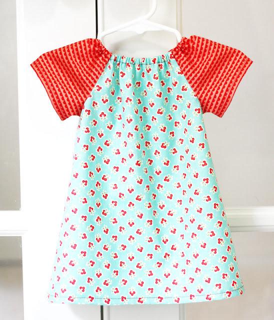Из чего сшить ребенку платье 465