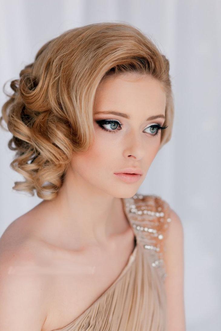Свадебные причёски на короткие волосы с начесом