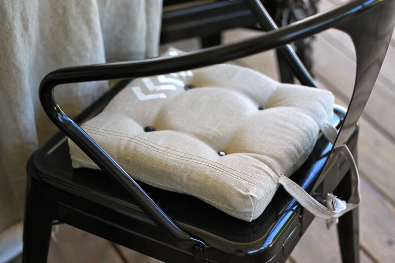 Как сделать мягкую сидушку на стул своими руками 592