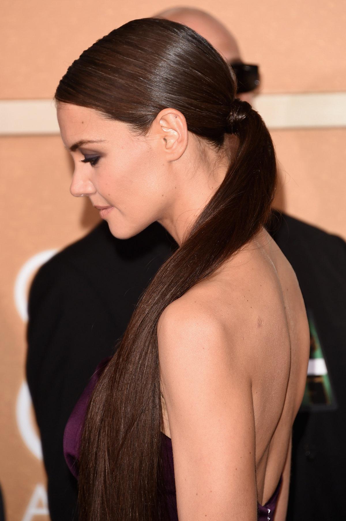Прическа верхние волосы в хвост
