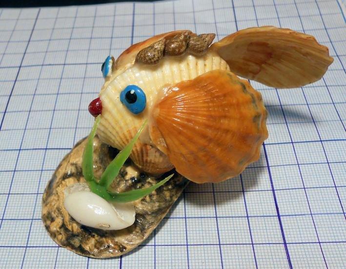 Рыбка из ракушек своими руками 8