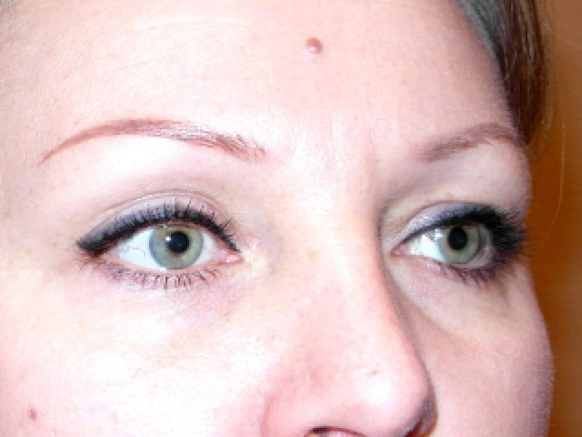 Перманентной макияж век стрелки