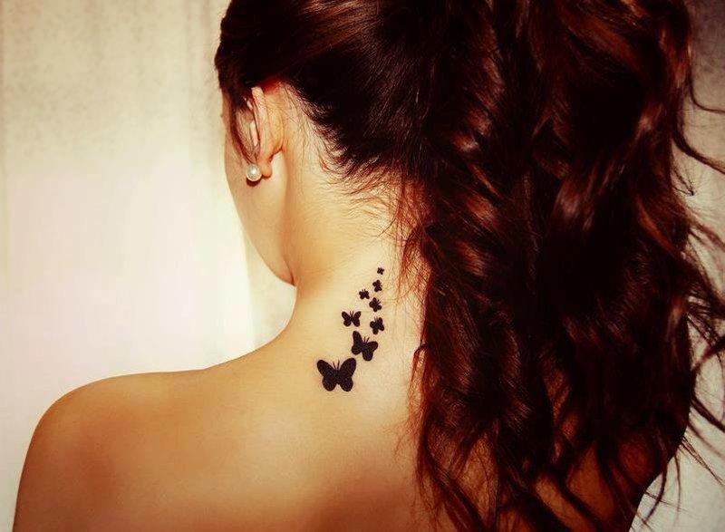 Модные женские тату на шее