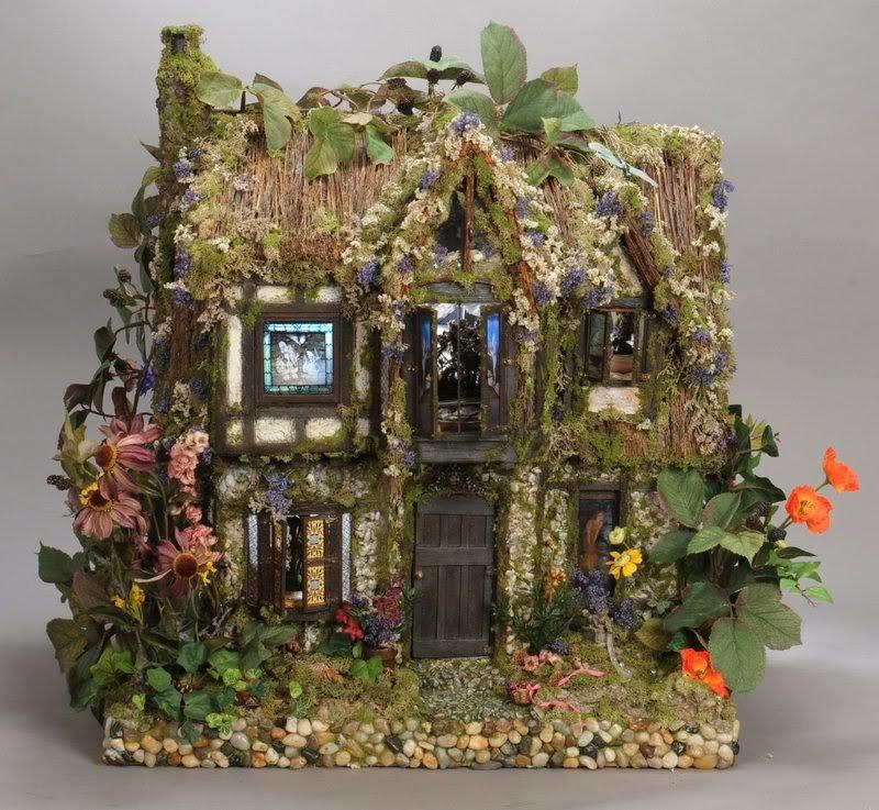 Миниатюрный домик из дерева своими руками