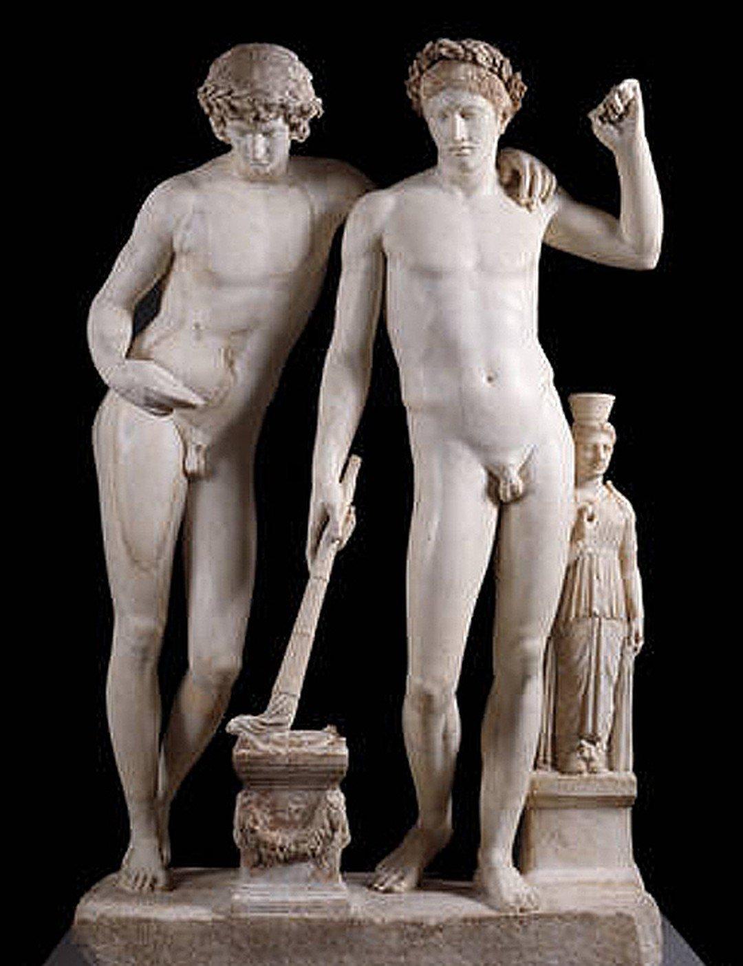 Обнаженные Статуи