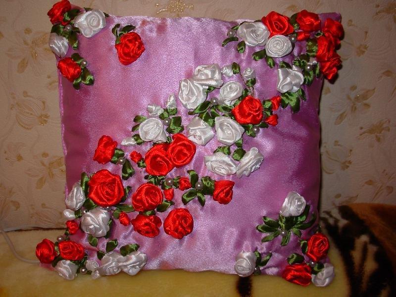 Вышивка атласными лентами декоративные подушки 28