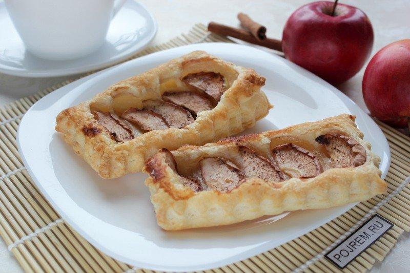 Слоеное тесто с яблоками и корицей рецепт с фото пошагово в духовке