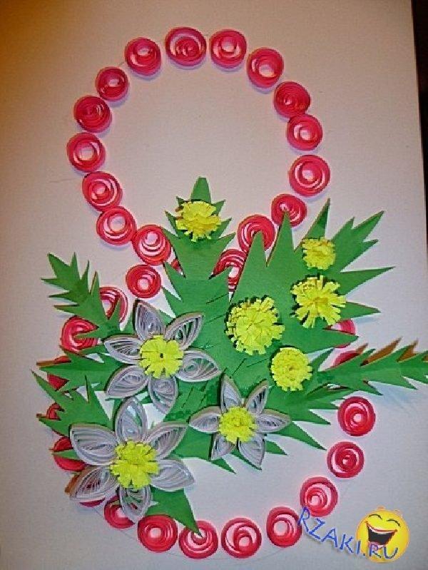 Картина с ажурной вязаной вставкой